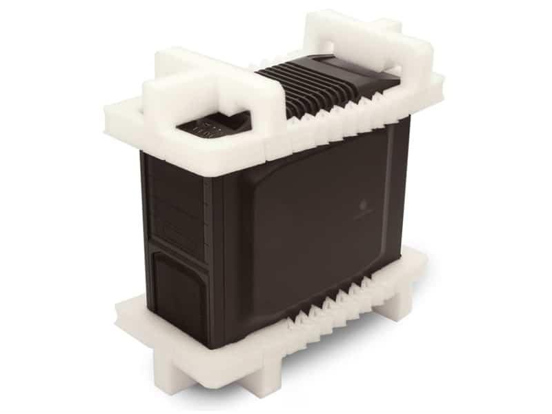 EPE泡棉是什麼? EPE 又稱聚乙烯發泡棉,聚乙烯是一種彈性材料,在壓縮後會恢復成型,同時仍會產生足夠的屈服力,在需要時提供緩衝和安全性。 EPE泡棉 是一種無害的塑料,沒有任何味道或氣味,它的重量輕且可柔軟的 包裝材料 非常受歡迎。有助於包裝,處理和運輸精密的電子產品。像其他泡沫( EPS乖乖粒 )一樣。